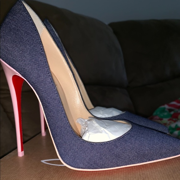 brand new 54ff9 43990 Christian Louboutin denim heels NWT